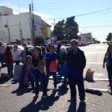 Jubilados cortan la calle San Martín (Foto: ADN SUR)