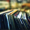"""El Club Retro """"La Máquina del Tiempo"""" te lleva a recorrer los éxitos del mundo de la música."""